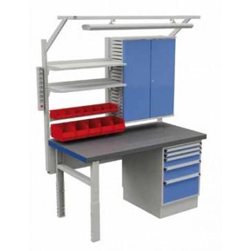 Treston Workshop arbeidsbord med skuffer og skap påmontert
